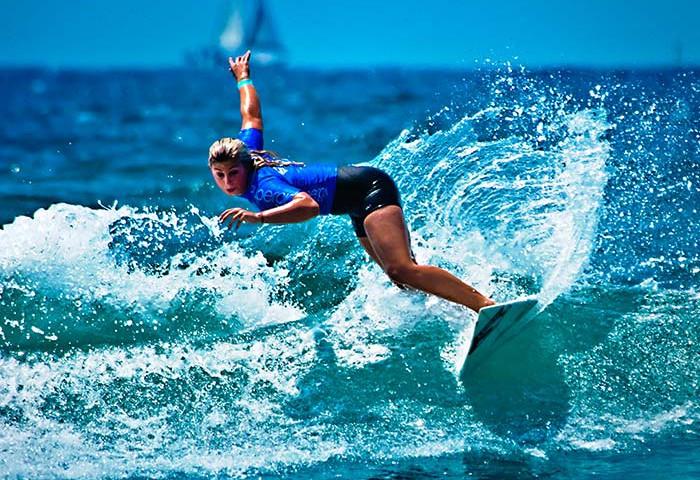 surfer-and-crossfitter-sage-erickson-sweatforit6