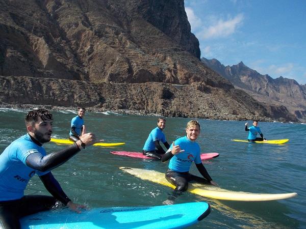 Surfing-puerto-cruz