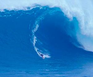 Maverick una ola muy salvaje