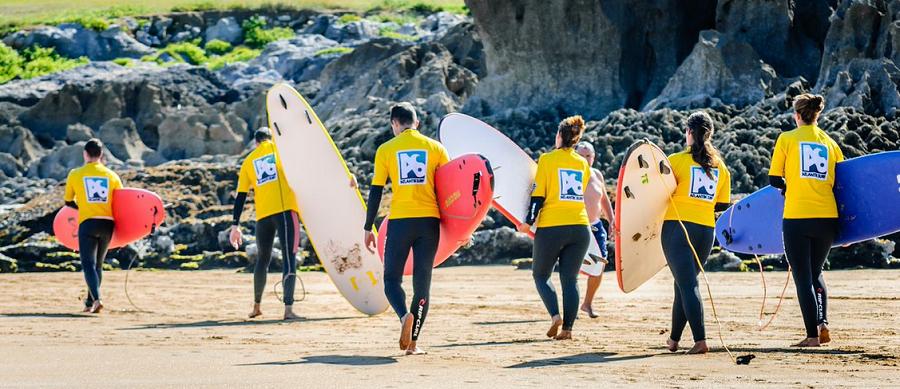 Surf en campamento de verano